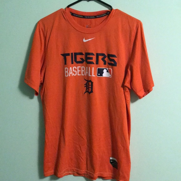 Nike Other - Detroit Tigers T-shirt